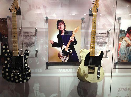 фабрика Fender в Короне бесспорно является Меккой для любого гитариста